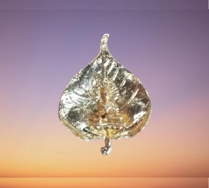 Buddha & Bodhi Leaf